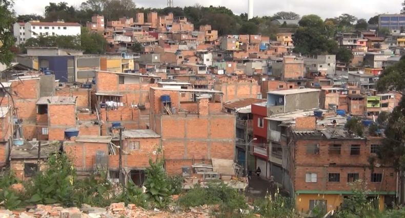 Jd. São Luís - periferia de São Paulo/SP