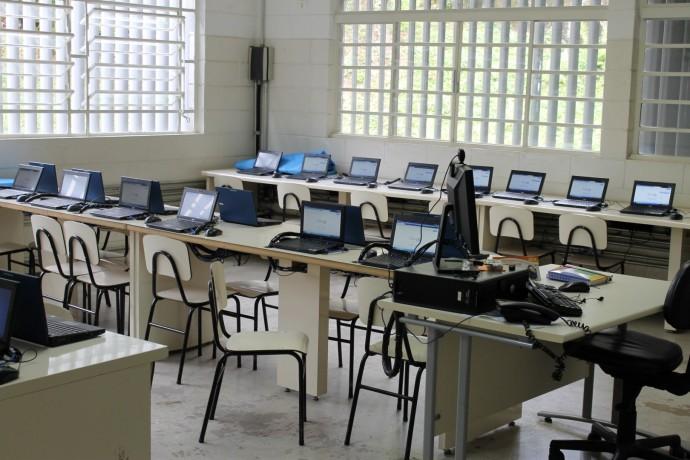 Antes da reforma - antigo laboratório de informática