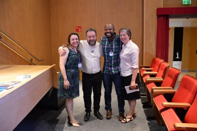 Na sequência, a Gerente Educacional da ACF Ana Carlota, o Palestrante Profº Dr. César Nunes, o Pastoralista Alex Bastos e a Coordenadora Pedagógica do Consa Ir. Teresa.